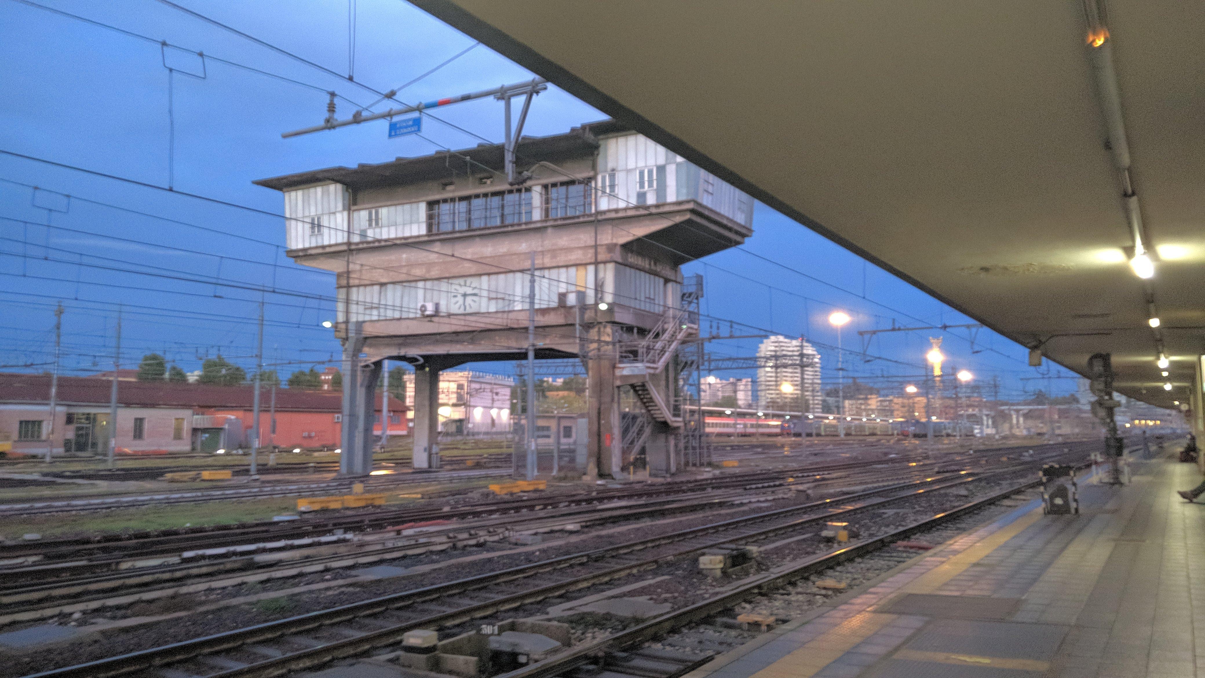 Chaos im Hauptbahnhof von Bologna
